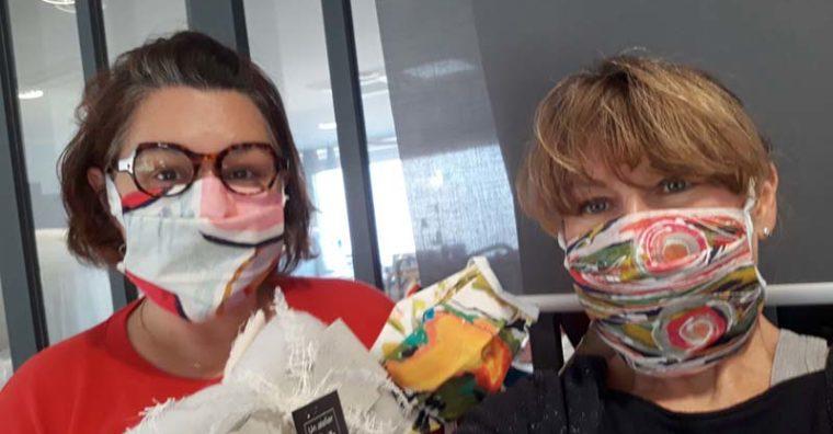 Illustration de l'article Un kit pour fabriquer ses propres masques :  l'initiative de deux tapissières