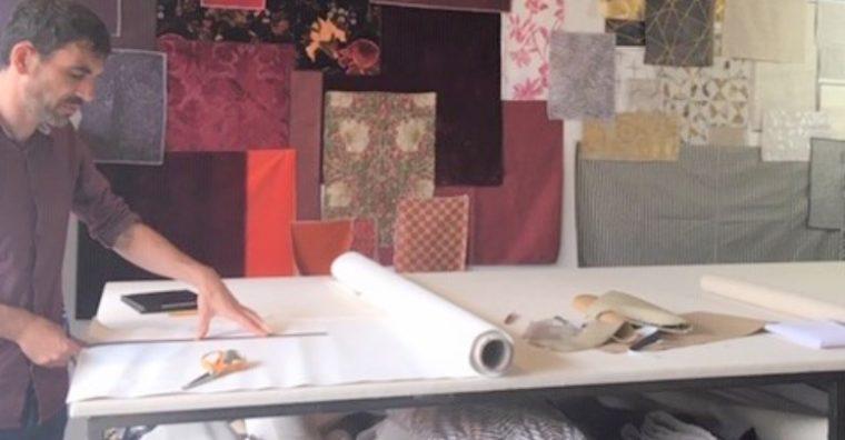 Illustration de l'article Un tapissier qui aime transmettre son savoir-faire