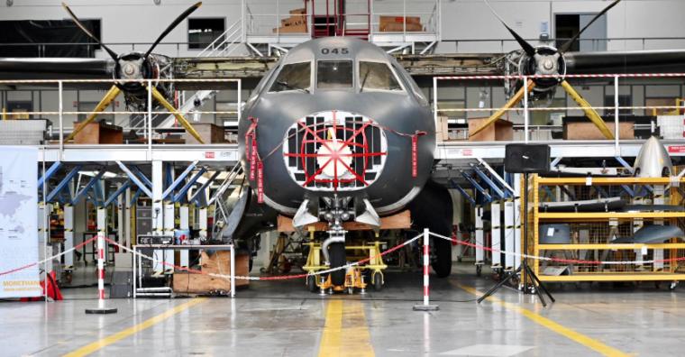 Illustration de l'article Aéronautique et chantiers navals : l'investissement de l'armée soutient l'activité