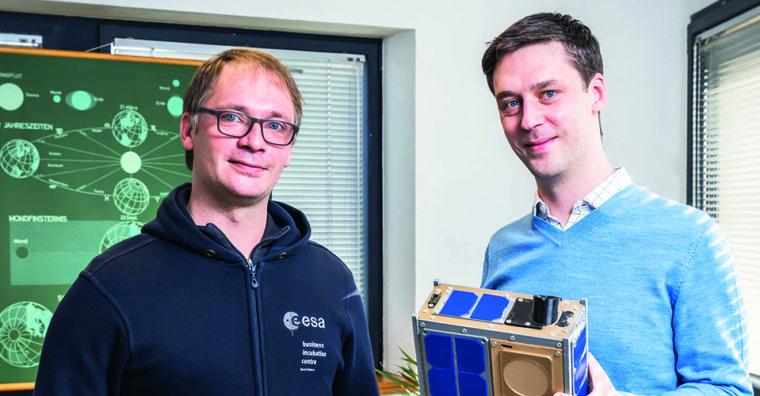 Illustration de l'article «L'espace, nouvel Eldorado commercial» avec Jonathan et Clément Galic, cofondateurs d'Unseenlabs