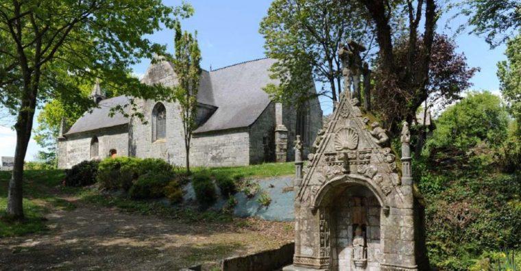 Illustration de l'article Pays de Pontivy, vallée du Blavet : l'art dans les chapelles, 14 artistes contemporains, 18 sites patrimoniaux